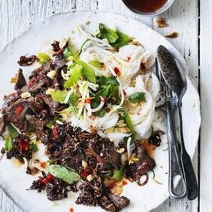 Neil Perry's Good Weekend recipe: Salad of sautéed beef with cold rice noodles.