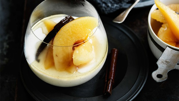 Vanilla buttermilk panna cotta with poached quinces