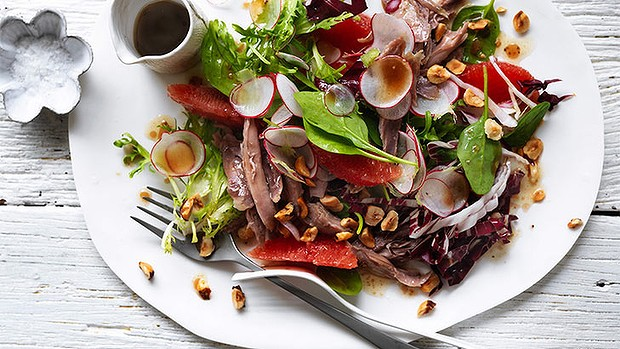 Salad of duck with ruby grapefruits