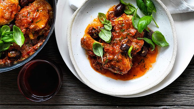 Provencal chicken with tomato & olive sauce