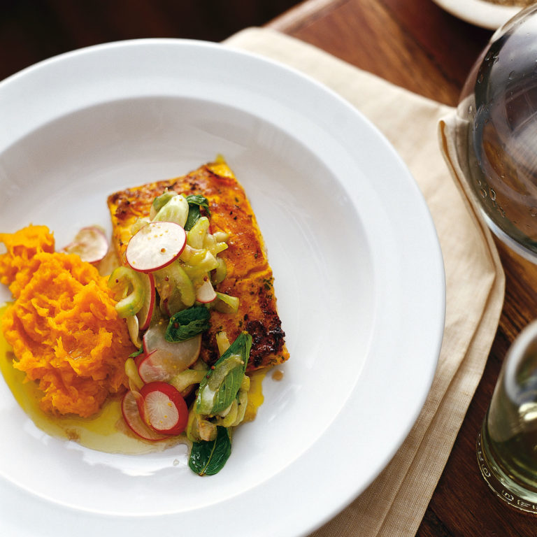 Pan-fried marinated salmon with relish